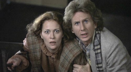 Faye Dunaway and René Auberjonois in Eyes of Laura Mars